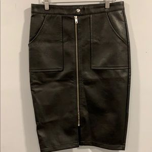 Dresses & Skirts - NWT FAUX LEATHERS SKIRT